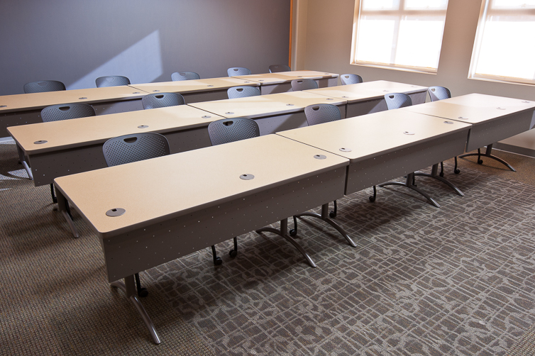 MultiPurpose-Office-Tables_Interior-Concepts-4