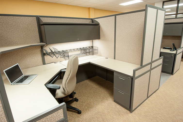 Custom Office Cubicles Designed to Fit Your Office Setting ...