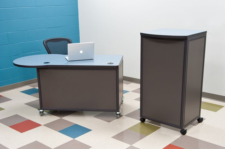 Teachers-Desk_Interior-Concepts-5