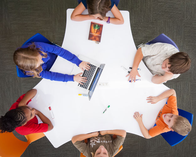 Unique-Shape-Office-Tables_Interior-Concepts-3