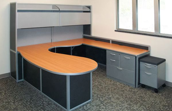 U-Shaped Desks Design for an Efficient and Productive Work Space